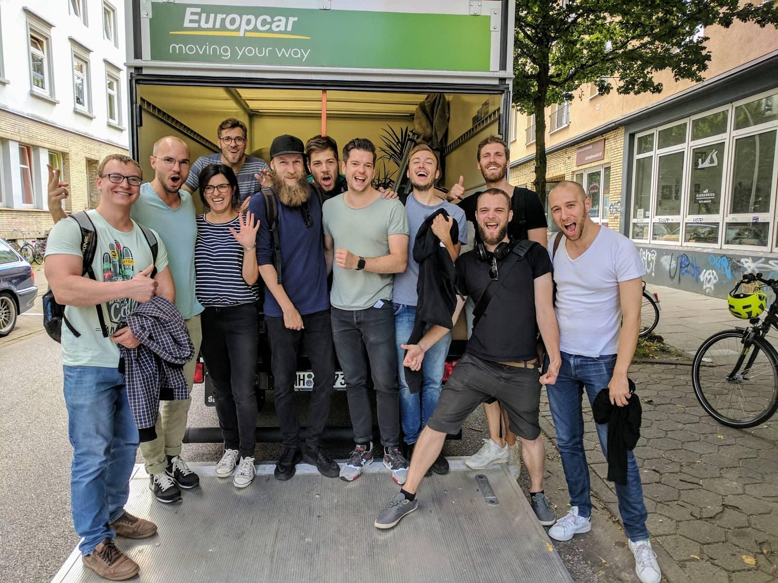 Startup Gruender Familonet Talente Exit Daimler