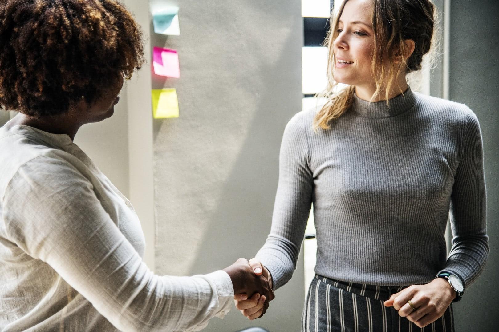Mitarbeiter richtig kündigen: Mit diesen 5 Tipps wird es für beide Seiten leichter
