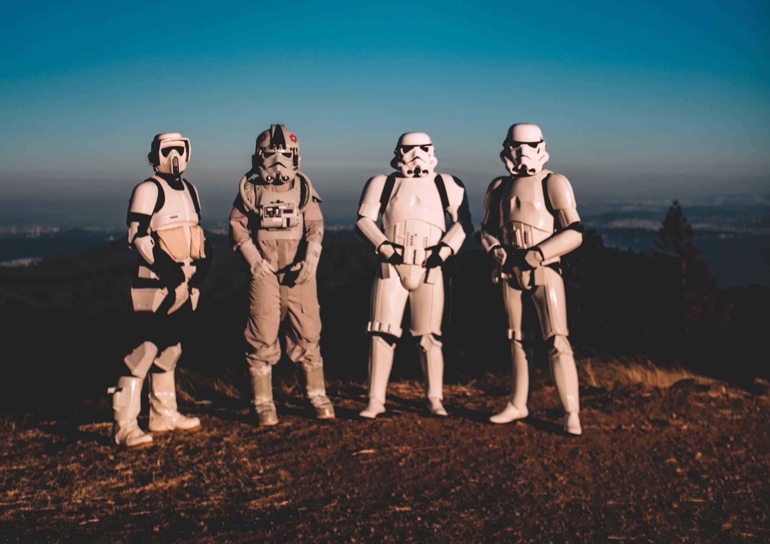 Mission Statement Beispiele: 7 Beispiele für gute Mission Statements und 5 Hacks, wie du sie in deinem Team umgesetzt bekommst.