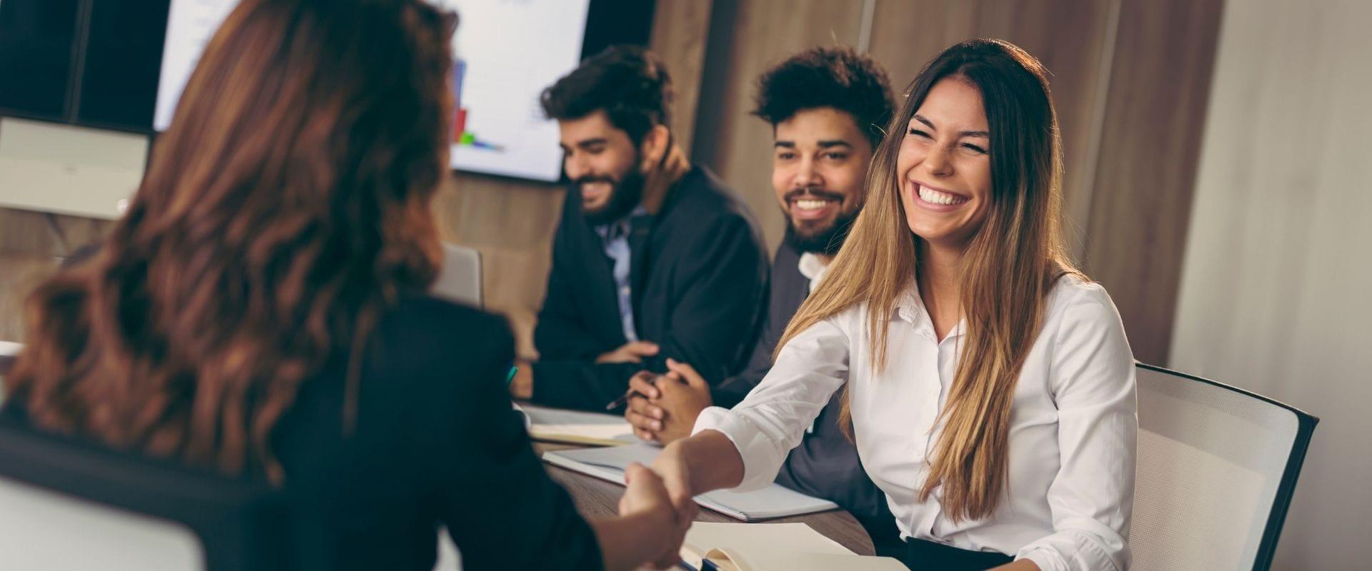 Recruiting-Prozess optimieren: 4 Tipps für mehr passende Bewerber