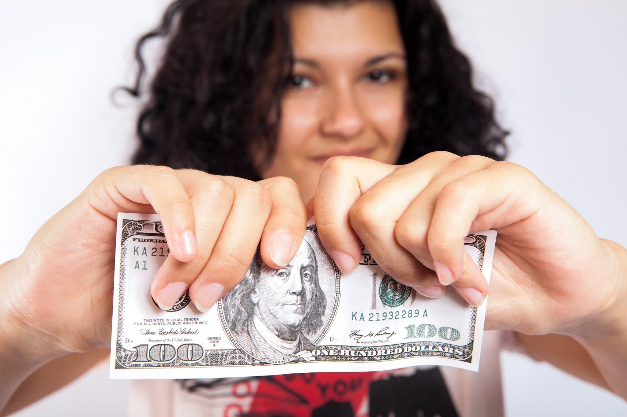 Maßnahmen gegen Inflation: Hilft Gold gegen Inflation? Helfen Aktien gegen Inflation? Hier sind 2 weitere geniale Maßnahmen!